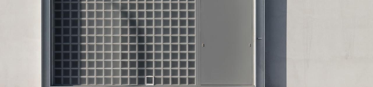 Over Verhaert & Co. - Glastegels buitenopstelling